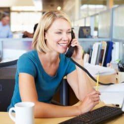 Der gute Ton am Telefon und online.jpg