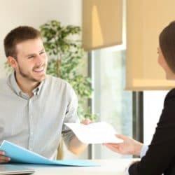 Erfolgreich Mitarbeiterinnengespräche führen.jpg